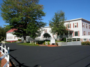 Boardwalk Inn Rumford