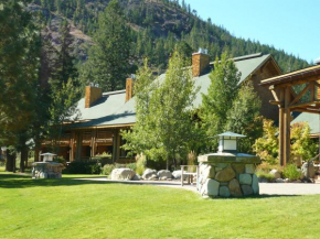 Freestone Inn Mazama